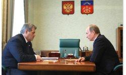 Murmansk Governor Dmitri Dmitrienko and Prime Minister Vladimir Putin met in Murmansk on Saturday.
